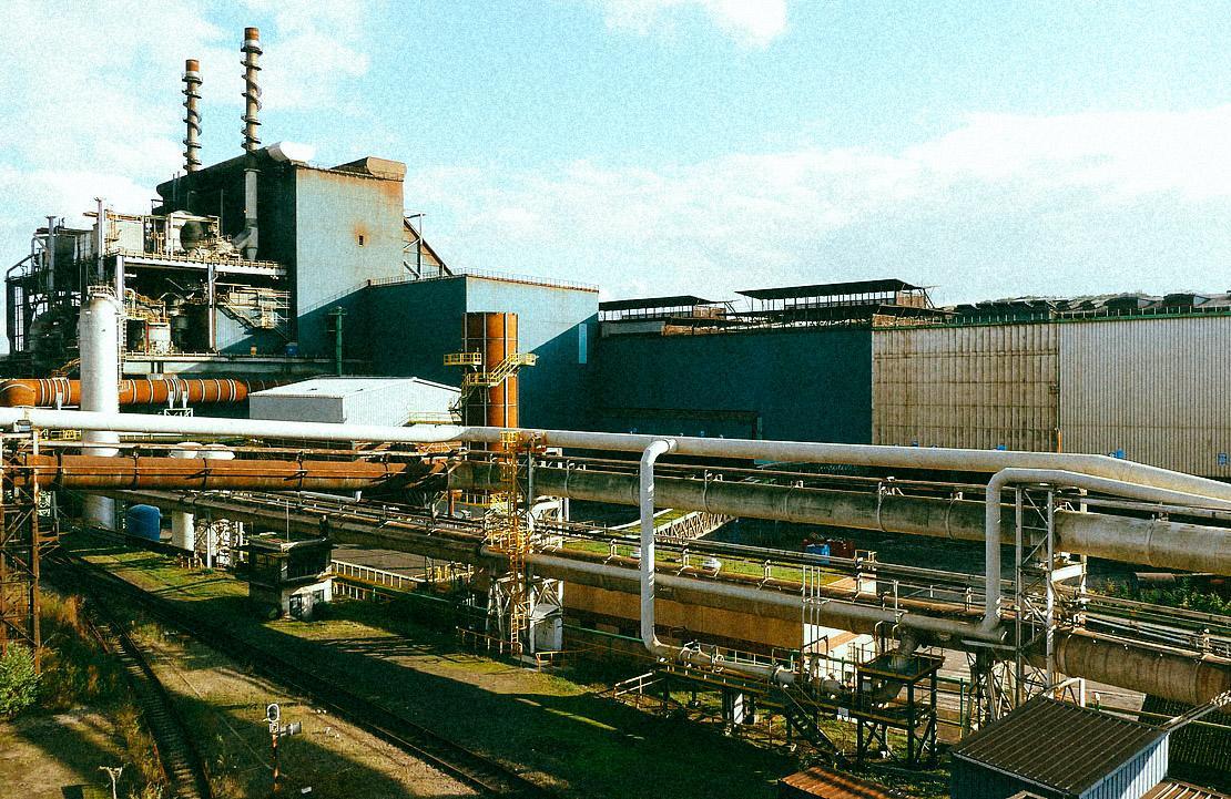 Accusé de pollution, ArcelorMittal échappe aux poursuites en se rachetant (littéralement)